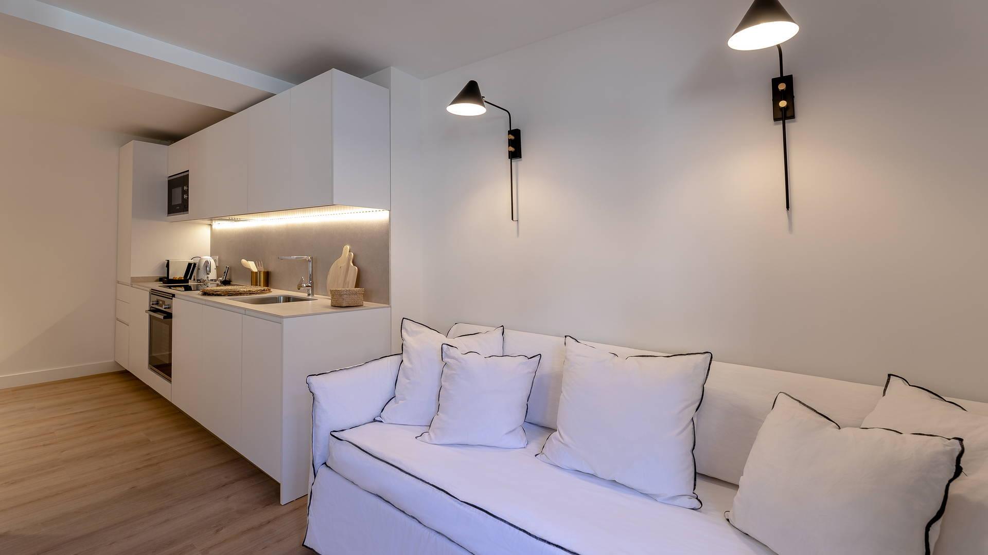 cuisine et canapé boutique hotel collioure